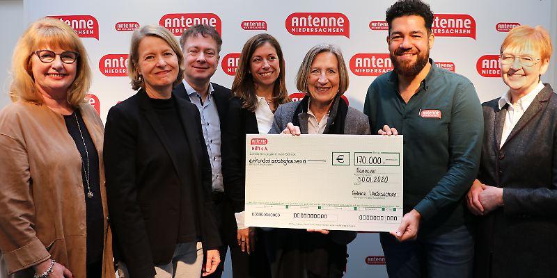 """DANKE für 170.000 Euro Spenden für den """"Verein für krebskranke Kinder Hannover e.V."""""""